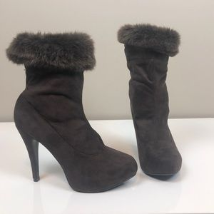 Chinese Laundry Brown Suede Tik Tok Heeled Boots